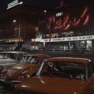 Neon kina Relax w Warszawie, lata 70 XX w., fot. n.n., Narodowe Archiwum Cyfrowe
